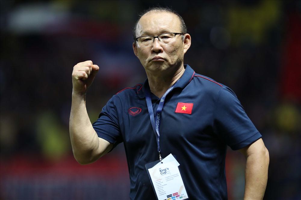 HLV Park Hang-seo ủy quyền cho người đại diện của mình làm việc với VFF, trong khi đó ông đang cùng gia đình nghỉ ngơi ở Hàn Quốc. Ảnh: Đ.Đ
