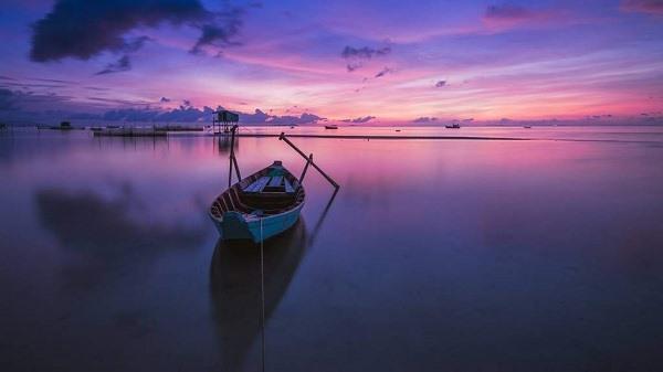 Phá Tam Giang – Đầm phá nước lợ lớn nhất Đông Nam Á với hệ sinh thái rất phong phú (nguồn: Traveloka)