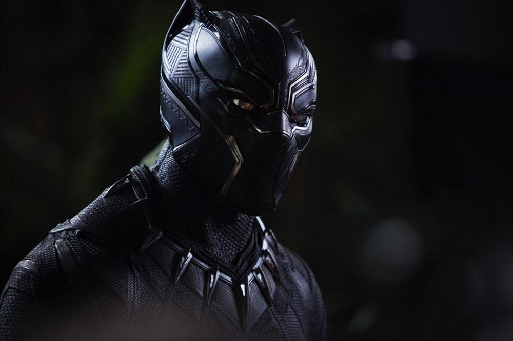 Tuy hạ cánh ở vị trí thứ 3 trong danh sách nhưng Black Panther (2018) của đạo diễn Ryan Coogler trong tuần đầu ra mắt đã thu về trên 291 triệu USD, đứng đầu doanh thu tại thị trường Bắc Mỹ 5 tuần liên tiếp. Tác phẩm siêu anh hùng da màu ở vương quốc Wakanda đặc biệt được khán giả Mỹ yêu thích khi doanh thu nội địa của phim đạt 700 triệu USD, cao hơn Avengers (trên 623 triệu USD), Avengers 3 (gần 679 triệu USD).