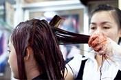 Những tác hại không ngờ sau đây khiến bạn từ bỏ việc nhuộm tóc