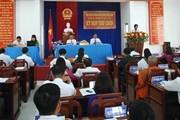 Bị cảnh cáo Đảng, Chủ tịch HĐND huyện xin… từ chức