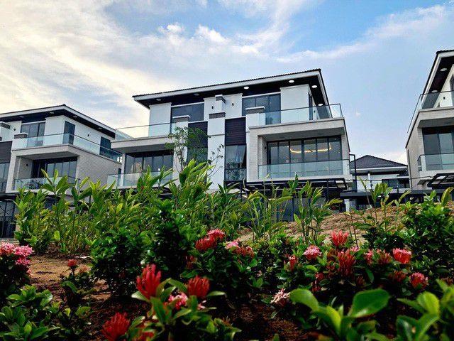 Cao Thái Sơn cho biết, căn nhà có trị giá trên 25 tỉ đồng là tài sản anh có được từ việc đi hát và kinh doanh bất động sản.