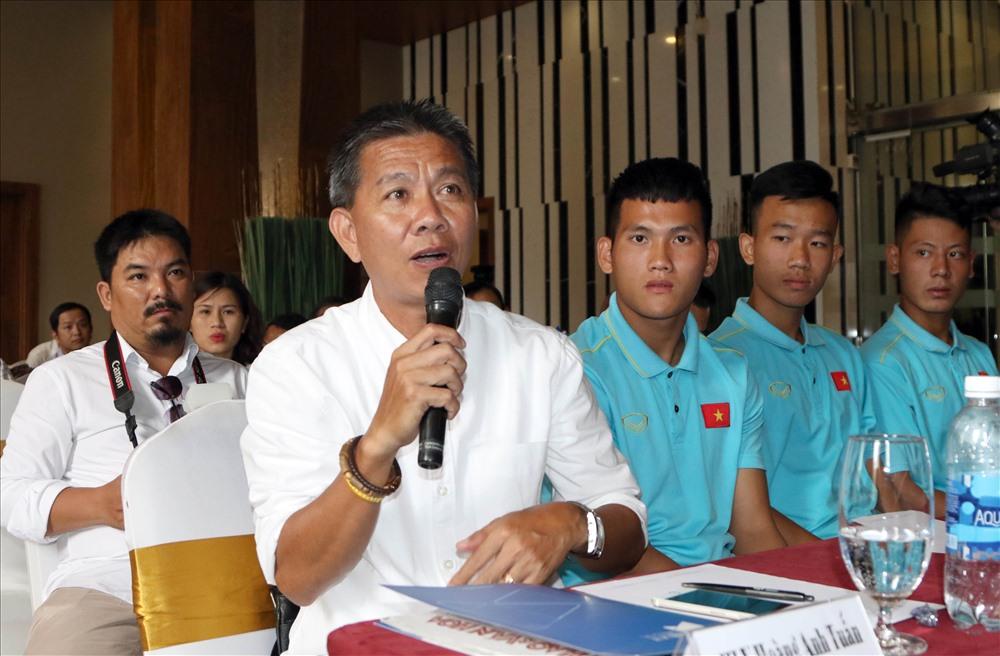 U18 Việt Nam do HLV Hoàng Anh Tuấn dẫn dắt rơi vào bảng đấu khó với sự hiện diện của Thái Lan hay khách mời Australia. Ảnh: T.N