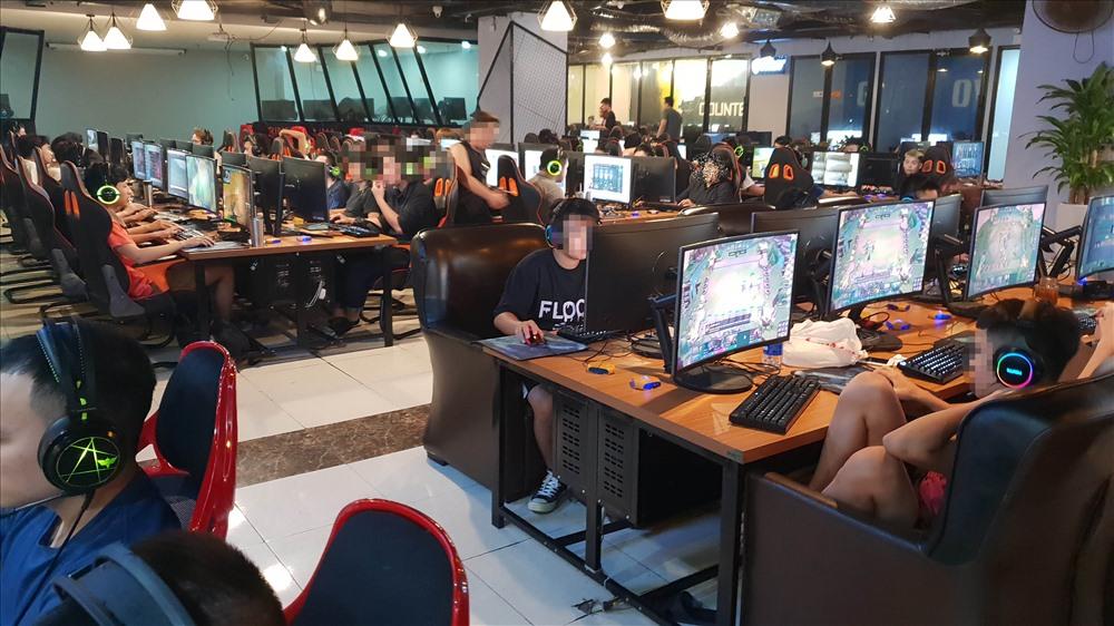 Một góc Gaming X (139 Cầu Giấy) thời điểm 2h đêm ngày 24.7.