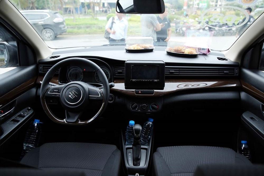 Khoang lái Suzuki Ertiga 2019 thiết kế tinh tế sang trọng