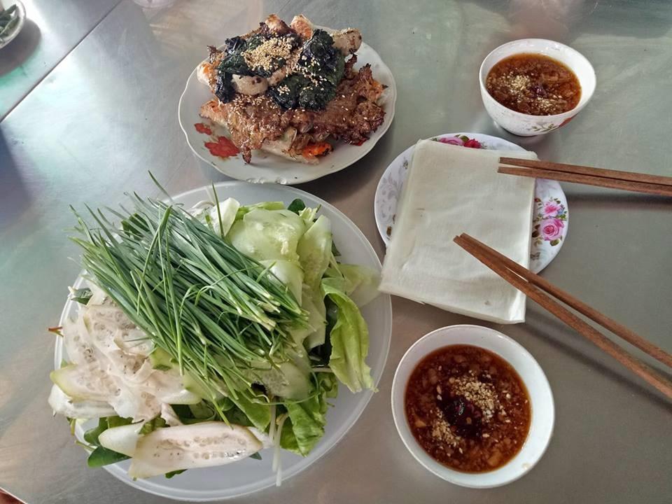 Ram thịt nướng: đây là món ăn vặt được nhiều du khách thích thú khi ghé chân tại Quảng Ngãi