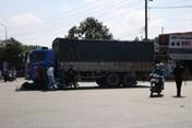 Giao thông 24h: Xe tải lao xuống vực sâu 100 m, tài xế tử vong