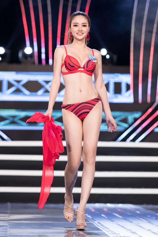 Phần thi bikini luôn được coi là những phần thi được mong chờ nhất. Ảnh: MWVN.