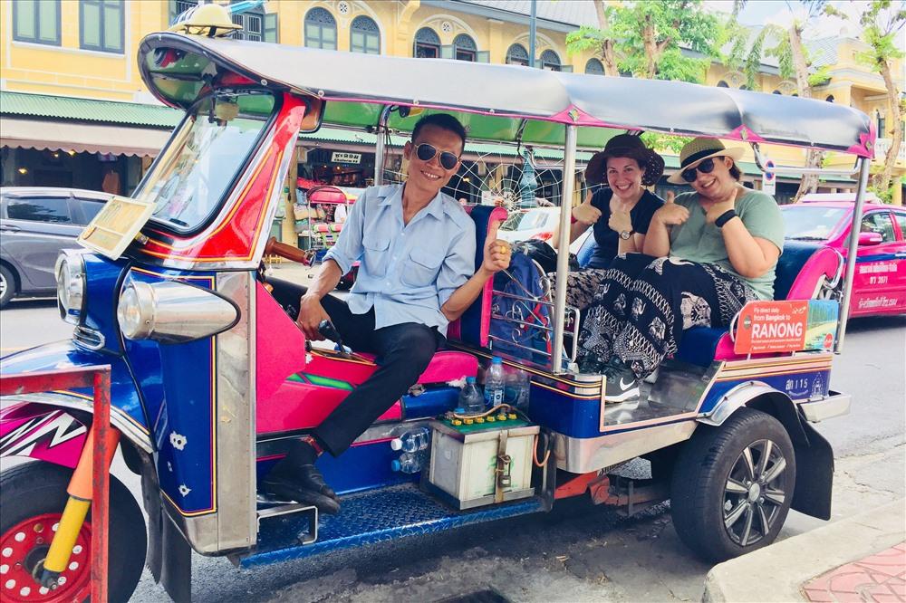 Xe Tuk Tuk phổ biến ở Thái Lan, cũng như Ấn Độ, Trung Quốc và Campuchia.