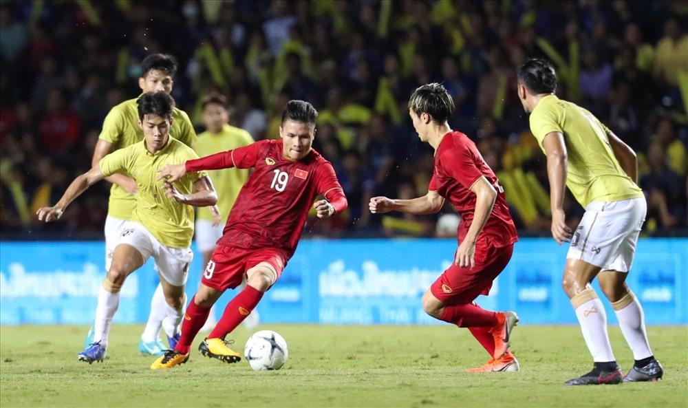 Sức nóng của trận đấu giữa 2 đội bóng hàng đầu Đông Nam Á đã được hâm nóng từ rất sớm. Ảnh: Đ.Đ