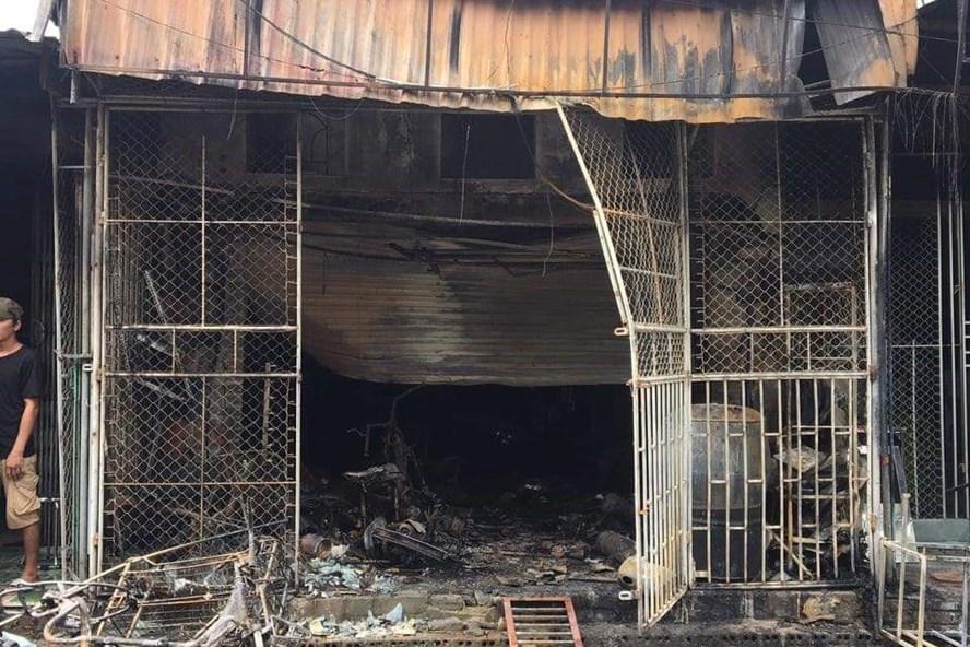 Căn nhà bị cháy khiến 2 mẹ con tử vong lúc rạng sáng. Ảnh: HN.