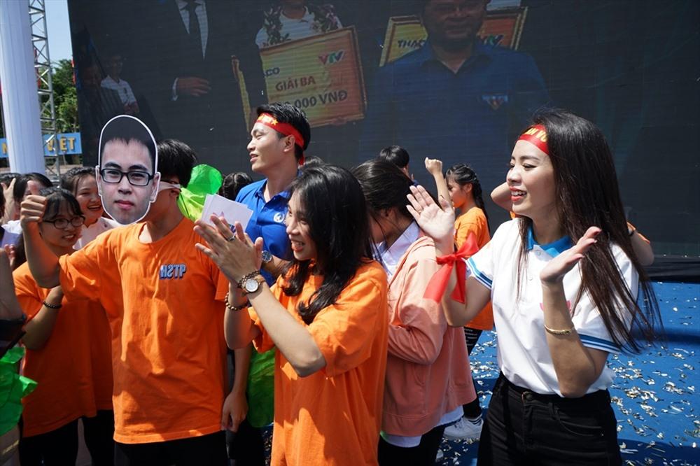 Trần Thế Trung đã mang vinh quang về cho đất học xứ Nghệ - cho trường Phan danh tiếng.