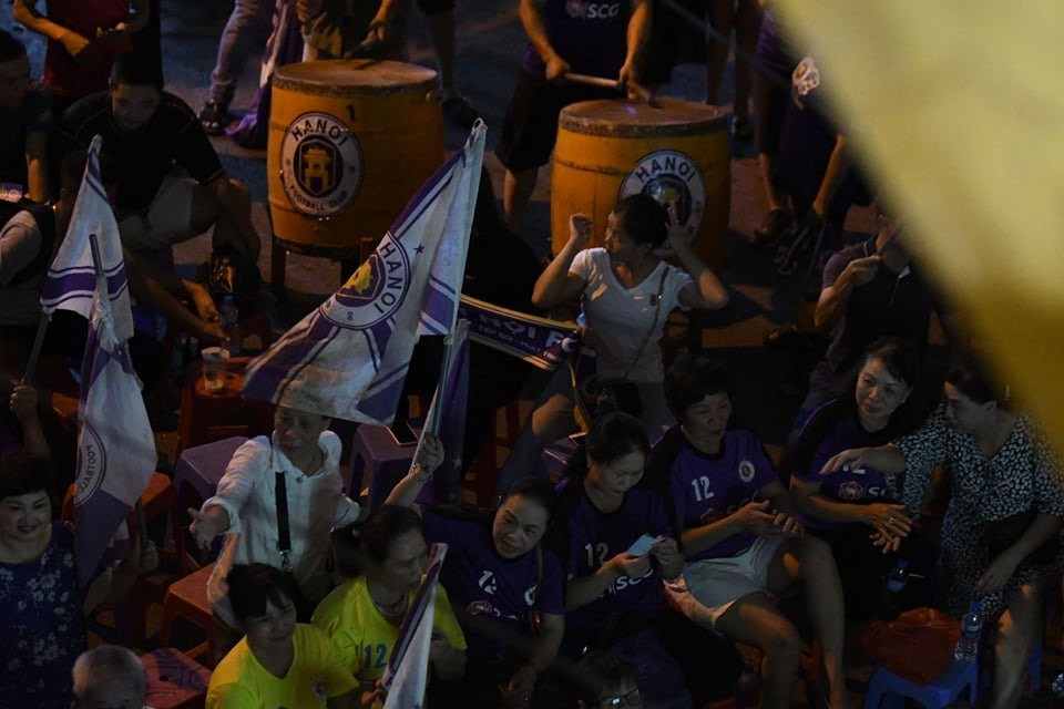 Những cổ động viên Hà Nội sẽ không được vào sân cả ở trận đấu cuối cùng trên sân nhà của Hà Nội ở vòng 25.