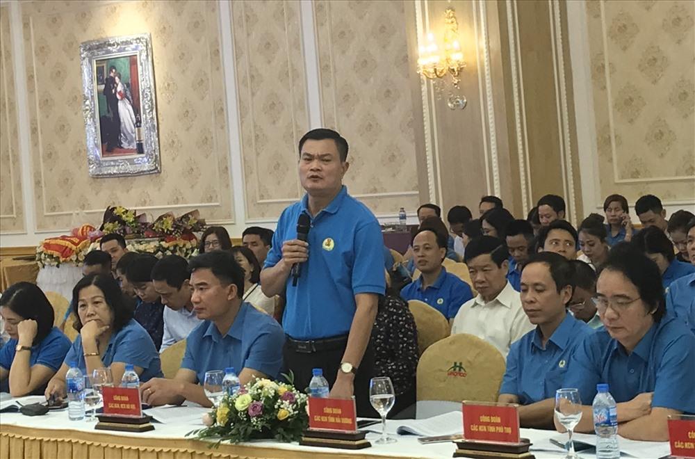 Đại biểu Công đoàn Khu công nghiệp và chế xuất Hà Nội tham gia ý kiến tại hội thảo. Ảnh BH