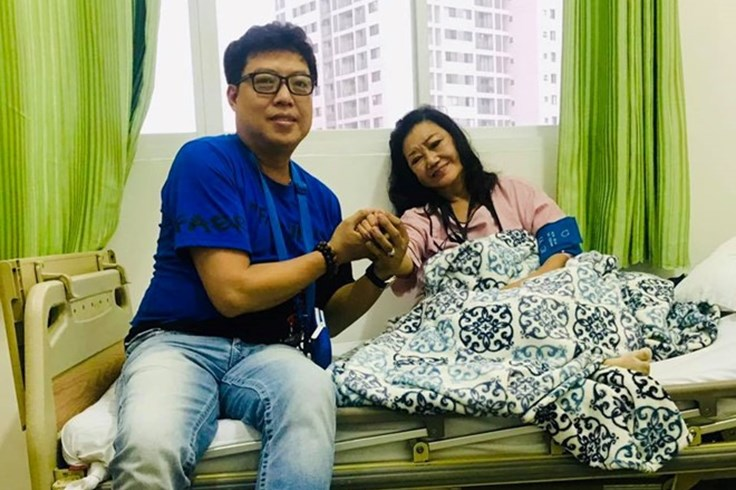 Nhiều nghệ sĩ bất ngờ khi NSND Kim Cương nhập viện vì nhồi máu cơ tim