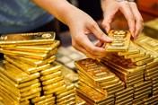 Giá vàng hôm nay 24.9: Vàng vọt tăng, neo cao trên đỉnh