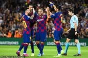 Thắng nhọc Villarreal 2-1, Barca dính tổn thất nặng vì Messi