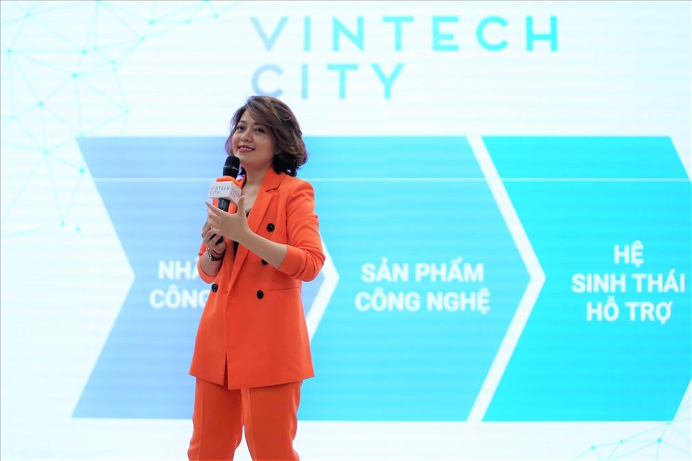 Tổng giám đốc VinTech City Trương Lý Hoàng Phi mong muốn Chương trình sẽ giúp các nhà khoa học hiện thực hóa được các ý tưởng nghiên cứu, đưa các sản phẩm hữu ích tới cộng đồng.