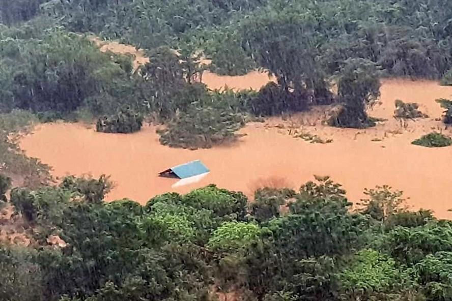 Nước dâng cao, gây ngập ở huyện Đakrông. Ảnh: TH.