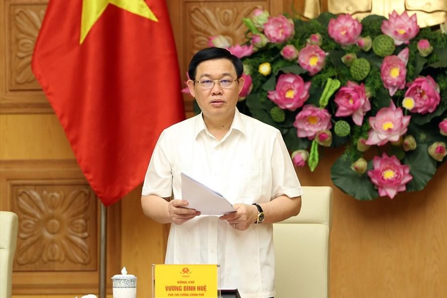 Phó Thủ tướng Vương Đình Huệ phát biểu tại cuộc họp. Ảnh: VGP/Thành Chung
