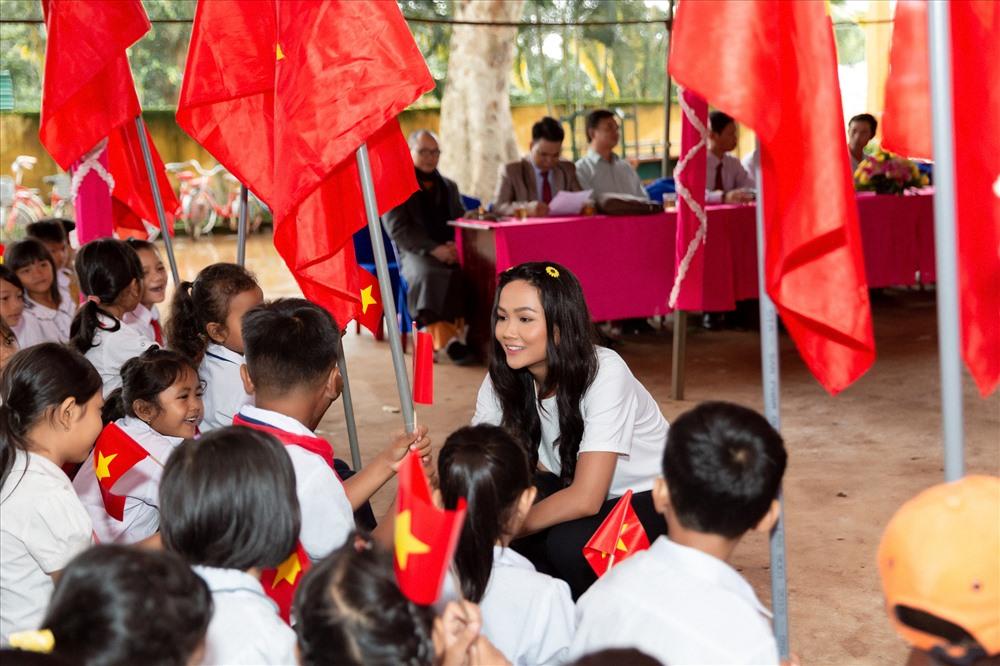 Trong thời gian tới, Hoa hậu H'Hen Niê sẽ dành nhiều thời gian cho các hoạt động đồng hành cùng cuộc thi Hoa hậu Hoàn vũ Việt Nam 2019. Ảnh: Thiên An.