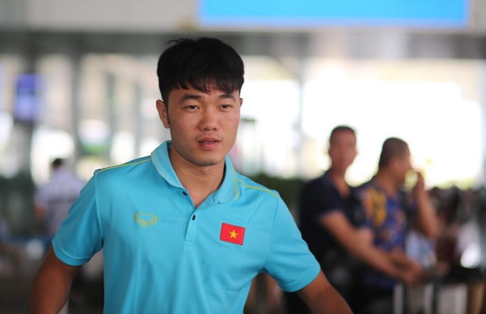 Trải qua 90 phút căng thẳng trên sân Thammasat, các cầu thủ vẫn tỏ ra vui vẻ và thoải mái với một điểm giành được ở trận ra quân tại vòng loại thứ 2 World Cup 2022.