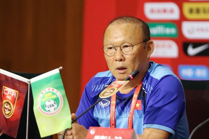 Huấn luyện viên Park Hang-seo khá khiêm tốn sau chiến thắng trước U22 Trung Quốc. Ảnh: VFF