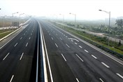 Không thể trì hoãn đầu tư xây dựng cao tốc Bắc - Nam  phía Đông