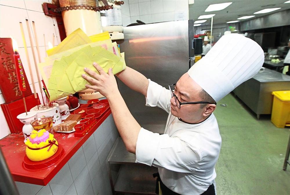 Nguoi Trung Quoc cung ong Cong ong Tao the nao?