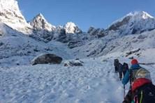 7 ngi leo núi mt tích do tuyt l  Nepal
