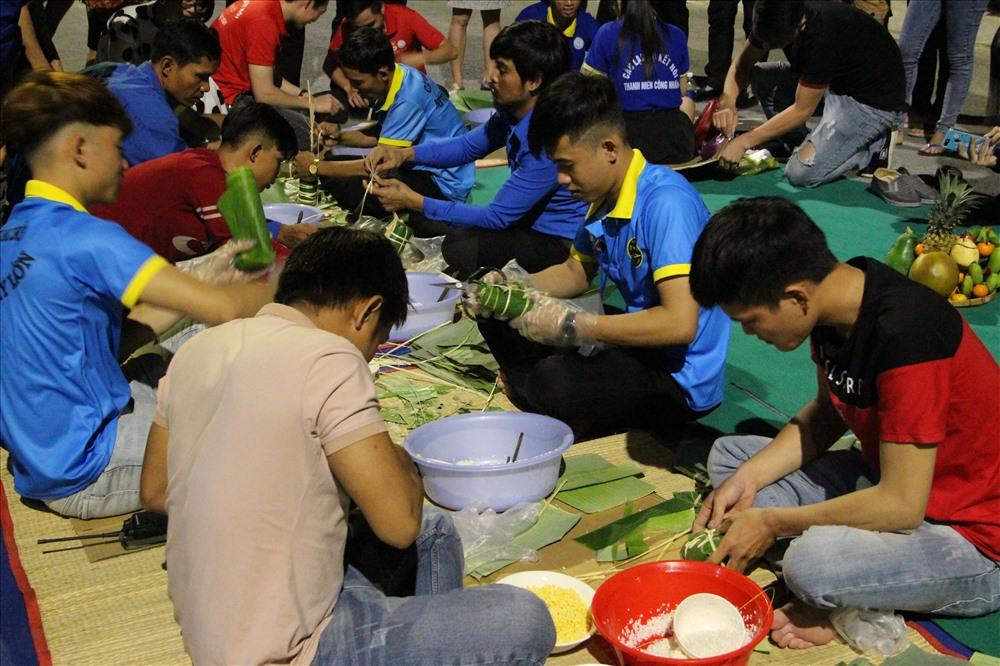 Chương trình được tổ chức hàng năm thu hút thanh niên công nhân tham gia. Ảnh: Đình Trọng