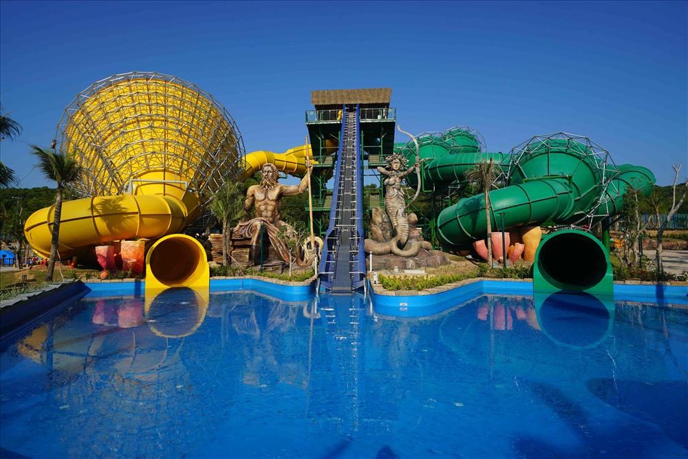 Aquatopia Water Park sở hữu những trò chơi hiện đại hàng đầu Đông Nam Á