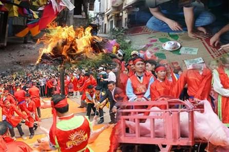 Phạt đến 10 triệu đồng với các hành vi vi phạm nếp sống văn hóa mùa lễ, Tết