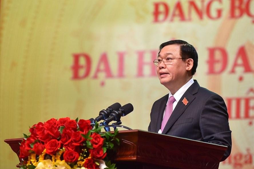Bí thư Thành ủy Hà Nội Vương Đình Huệ phát biểu bế mạc Đại hội. Ảnh: Phạm Đông