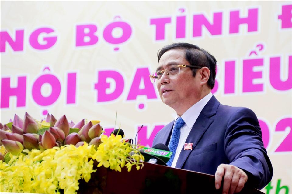 Đồng chí Phạm Minh Chính - Ủy viên Bộ Chính trị, Bí thư Trung ương Đảng, Trưởng Ban Tổ  chức Trung ương, trong bài phát biểu chỉ đạo đã dành lời kêu gọi Đại hội ủng hộ đồng bào miền Trung. Ảnh: BTC Đại hội cung cấp.