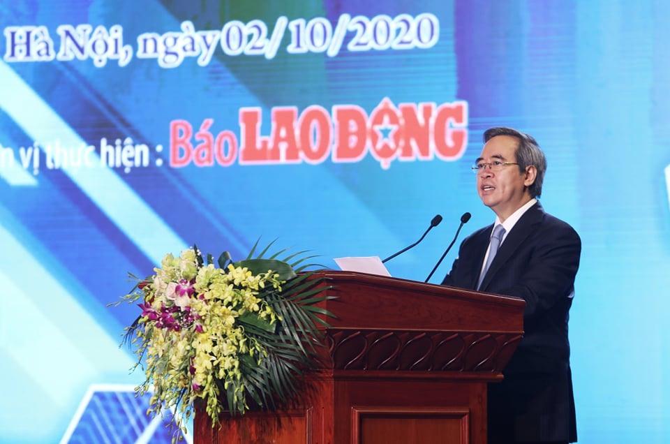 Ông Nguyễn Văn Bình - Ủy viên Bộ Chính trị, Bí thư Trung ương Đảng, Trưởng ban Kinh tế Trung ương - phát biểu tại buổi lễ. Ảnh: Tô Thế.