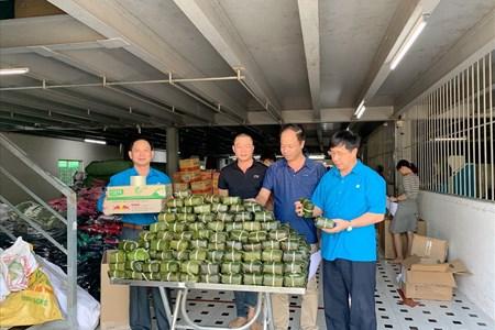 LĐLĐ tỉnh Hà Nam: Chung tay ủng hộ đồng bào miền Trung