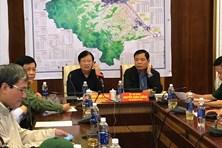Phó Thủ tướng Trịnh Đình Dũng: Kiểm tra lần nữa các điểm sơ tán dân