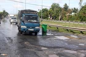 Khẩn trương khắc phục các đoạn Quốc lộ 1A bị thiệt hại do triều cường