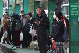 Chủ tịch Hà Nội chỉ đạo gì để chống dịch COVID-19 trong tình hình mới?