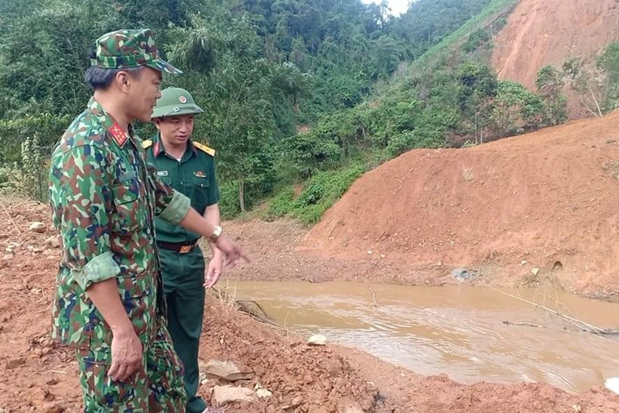 8 người trong một gia đình may mắn thoát chết ở huyện Tây Giang.