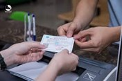 Sửa chữa thẻ bảo hiểm y tế để khám bệnh bị xử phạt thế nào?