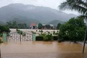 Thủ tướng yêu cầu tập trung ứng phó với mưa lũ lớn tại miền Trung
