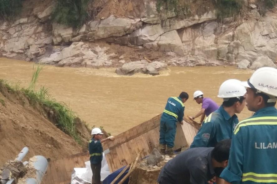 Toàn bộ công nhân Đắk Mi 2 đã được giải cứu an toàn. Ảnh: Nguyễn Kỷ