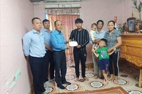 LĐLĐ tỉnh Hải Dương động viên gia đình công nhân bị tai nạn giao thông