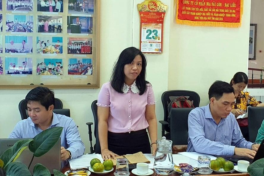 Bà  Hồ Thị Kim Ngân, Phó Trưởng ban Quan hệ Lao Động Tổng LĐLĐ Việt Nam phát biểu tại buổi giám sát (ảnh Nhật Hồ)