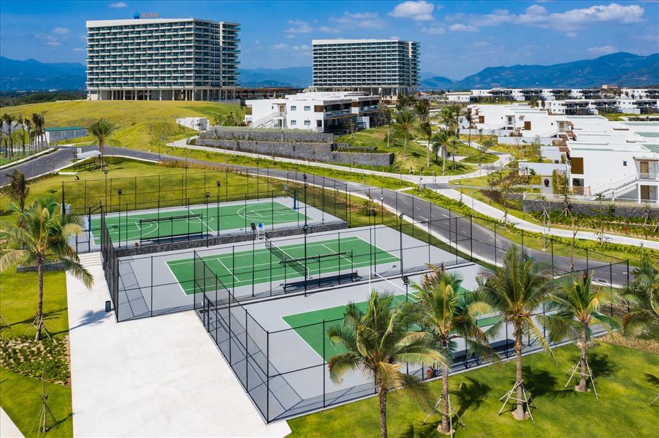 Khu vực thể thao ngoài trời tại khu nghỉ dưỡng ALMA.