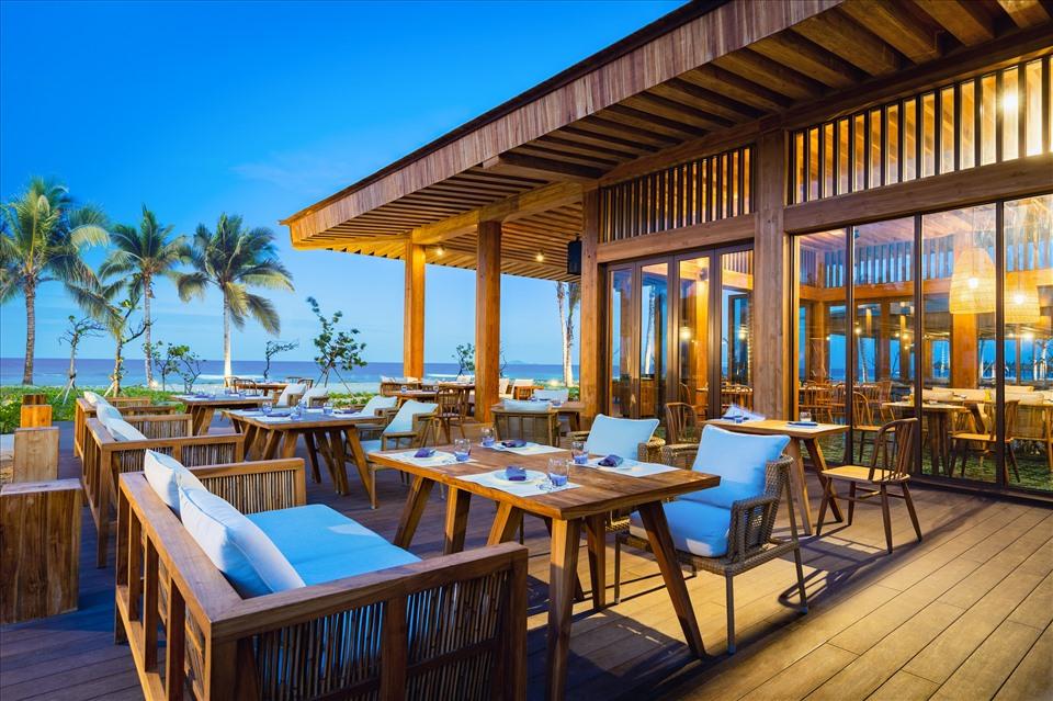 Nhiều lựa chọn nhà hàng cho du khách tại ALMA resort như Nhà hàng Atlantis, Nhà hàng La casa hay Nhà hàng Asiana.
