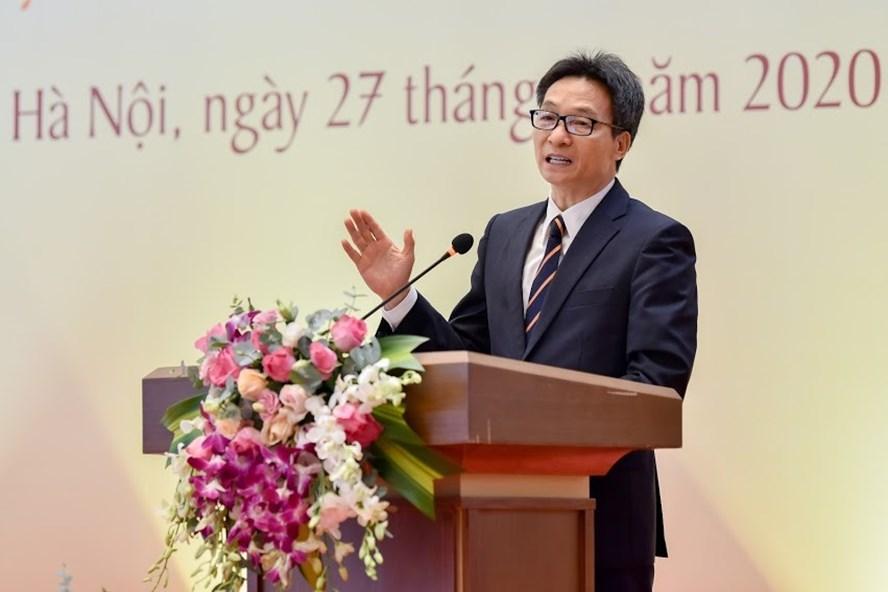 Phó Thủ tướng Vũ Đức Đam phát biểu chỉ đạo một số vấn đề về tự chủ đại học tại Hội thảo Giáo dục Việt Nam 2020 ngày 27.11. Ảnh: Đ.C