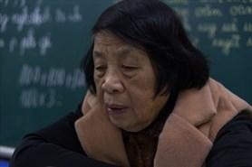 Cô giáo dạy học miễn phí cho trẻ khuyết tật hàng chục năm